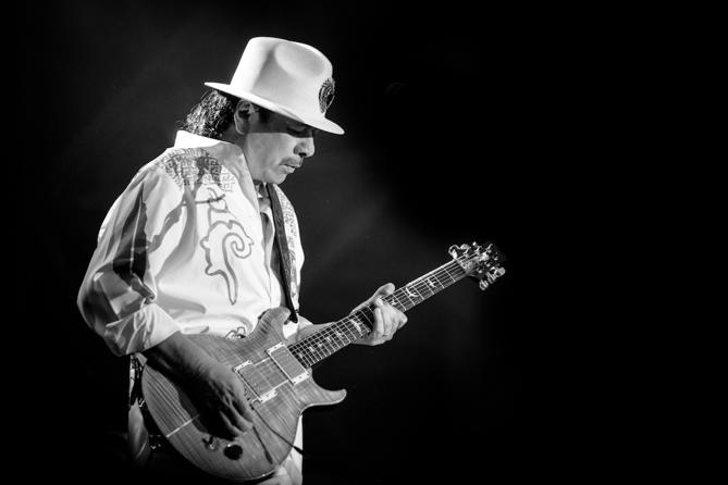 Hír: Carlos Santana 9 év után visszatér Budapestre